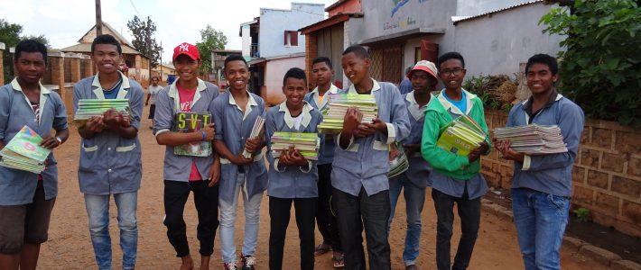Anecdotes sur le voyage à Ankazoube – la bibliothèque (Partie 2)